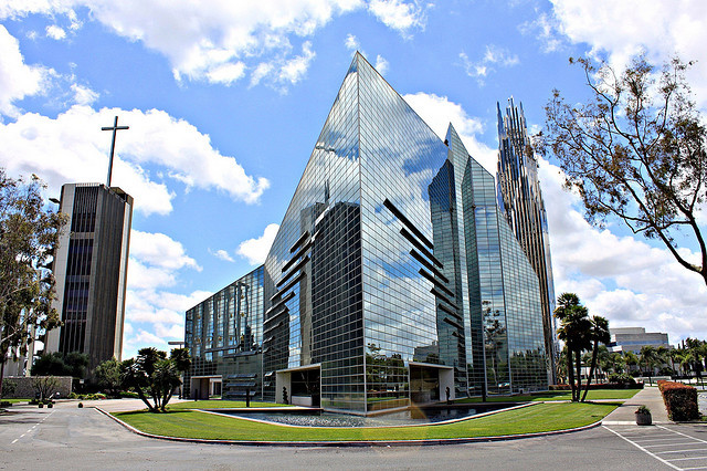Philip Johnson's Crystal Cathedral Born Again, © Flickr CC User Amir Nejad