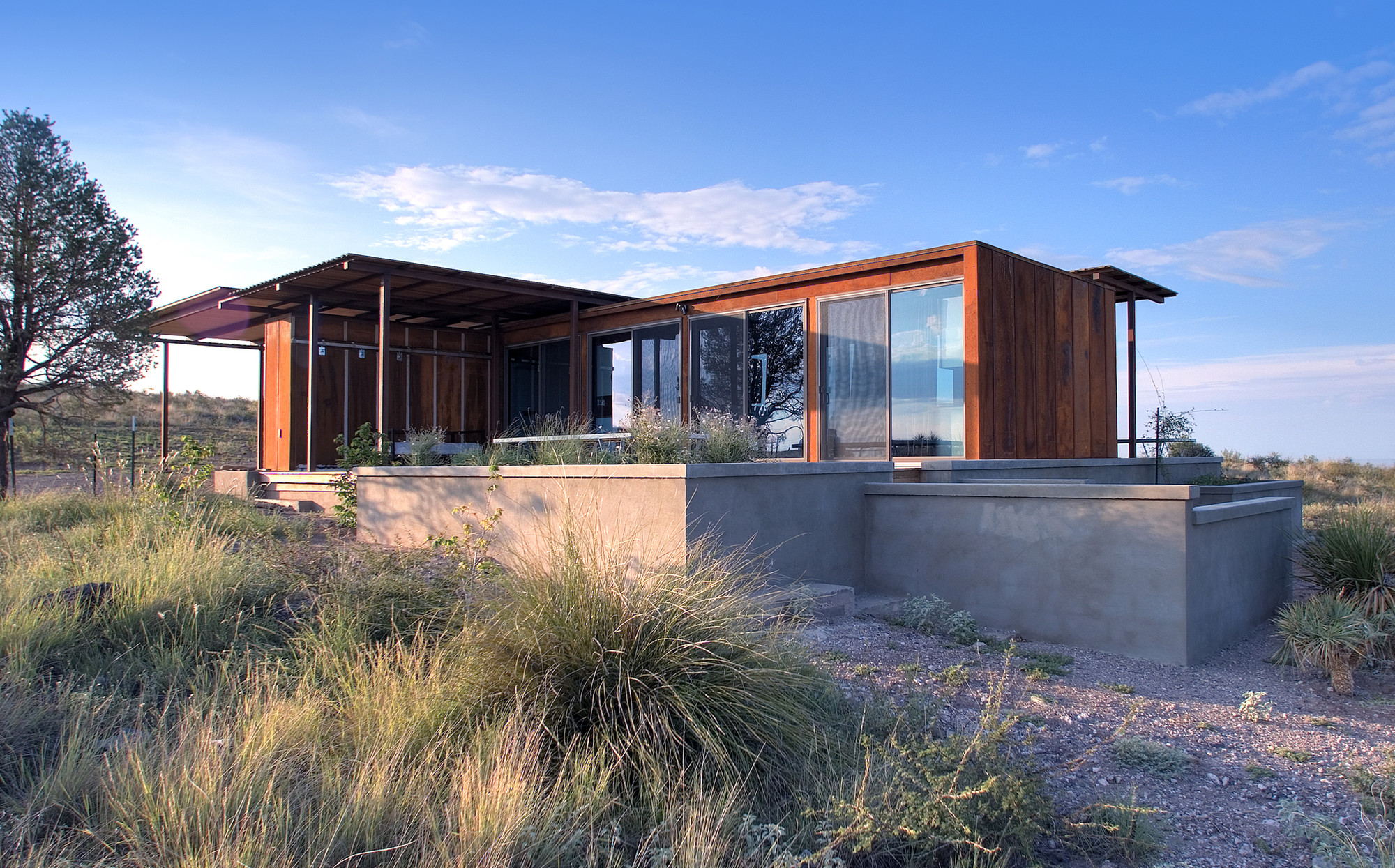 Marfa weeHouse / Alchemy Architects + Geoffrey Warner + AIA, © Scott Ervin