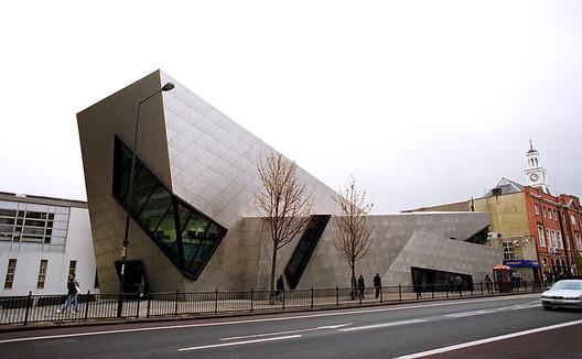 Libeskind's Orion Building, Post Graduate Centre of London Metropolitain University, Holloway. Image © janis.photo
