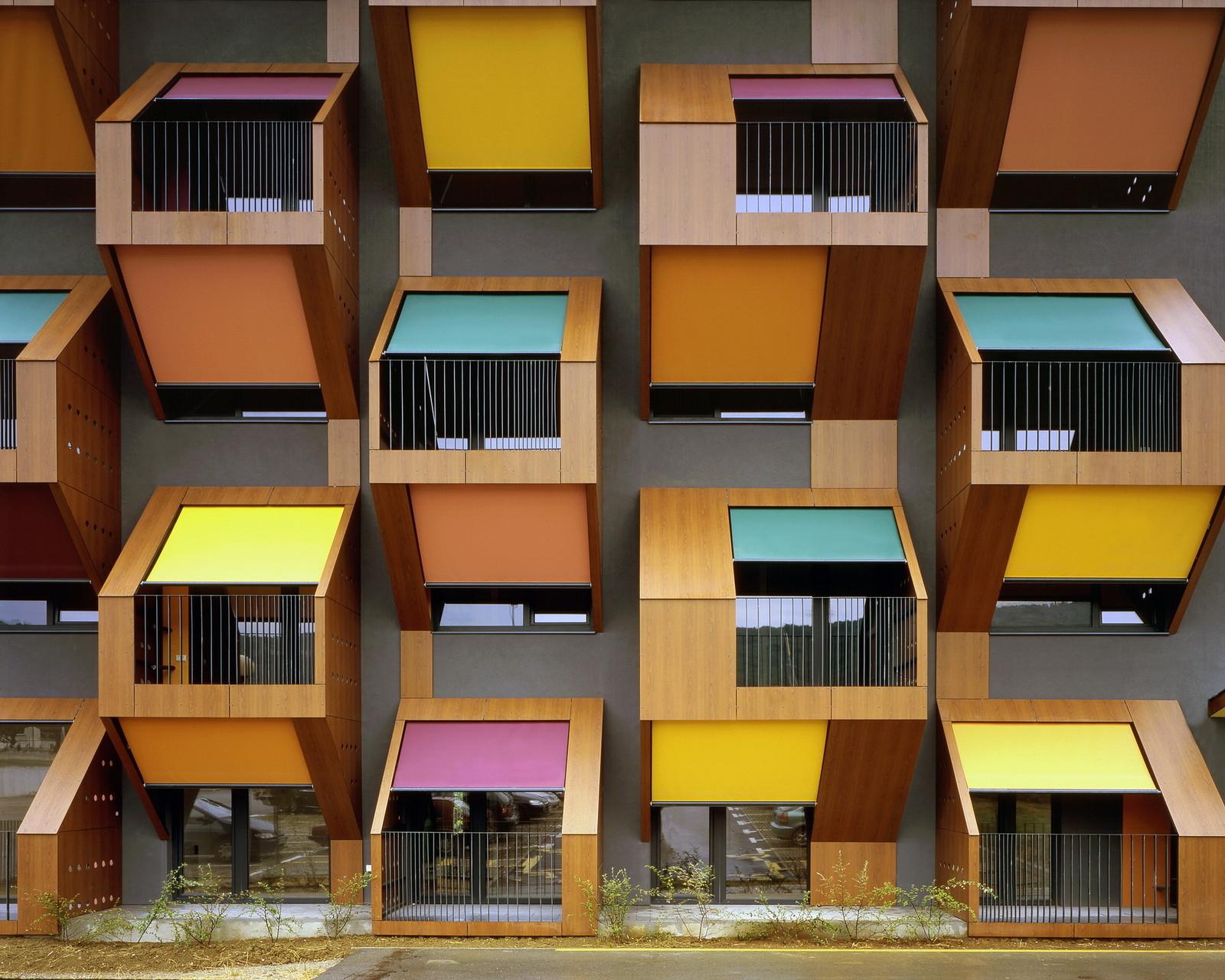 Exhibition: OFIS_open_files, Izola Social Housing / © Tomaz Gregoric