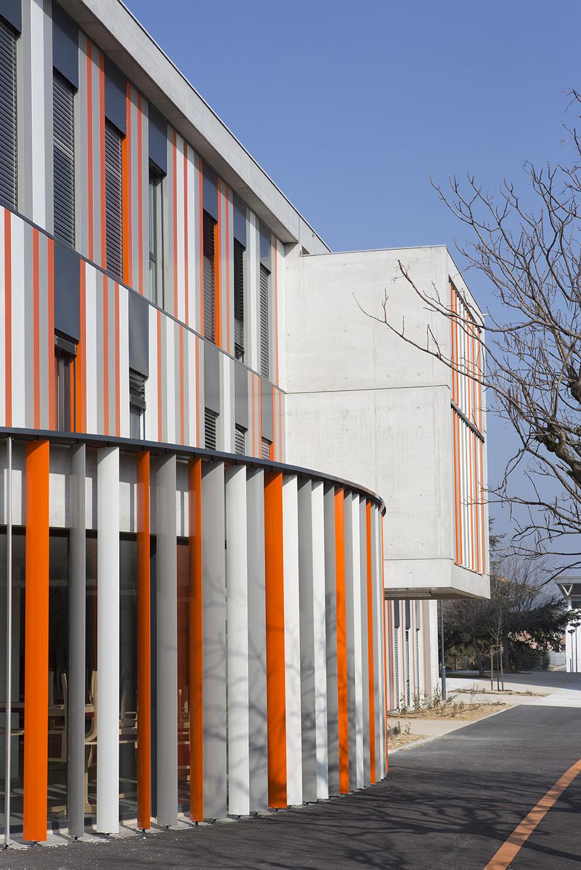 galeria de escola de segundo grau lyc e albert einstein nbj architectes fran ois privat 4. Black Bedroom Furniture Sets. Home Design Ideas