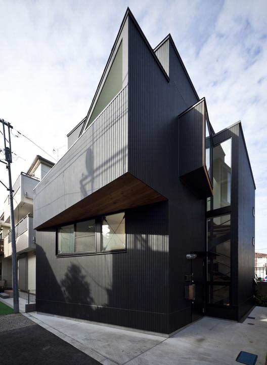 Casa en Shimomaruko / atelier HAKO architects, Cortesía de atelier HAKO architects
