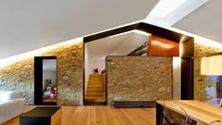 Carrera's farmhouse barn / Arnau Vergés Tejero