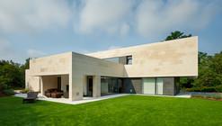 Casa en la Bilbanía / Foraster Arquitectos