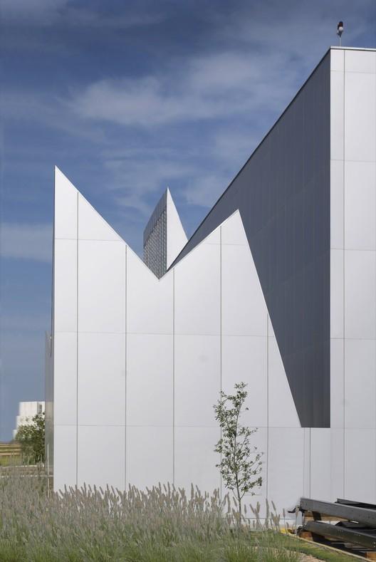 Courtesy of Brooks + Scarpa Architects