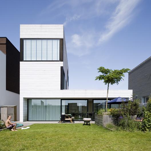 Urban Villa / Pasel.Kuenzel Architects, © Marcel van der Burg