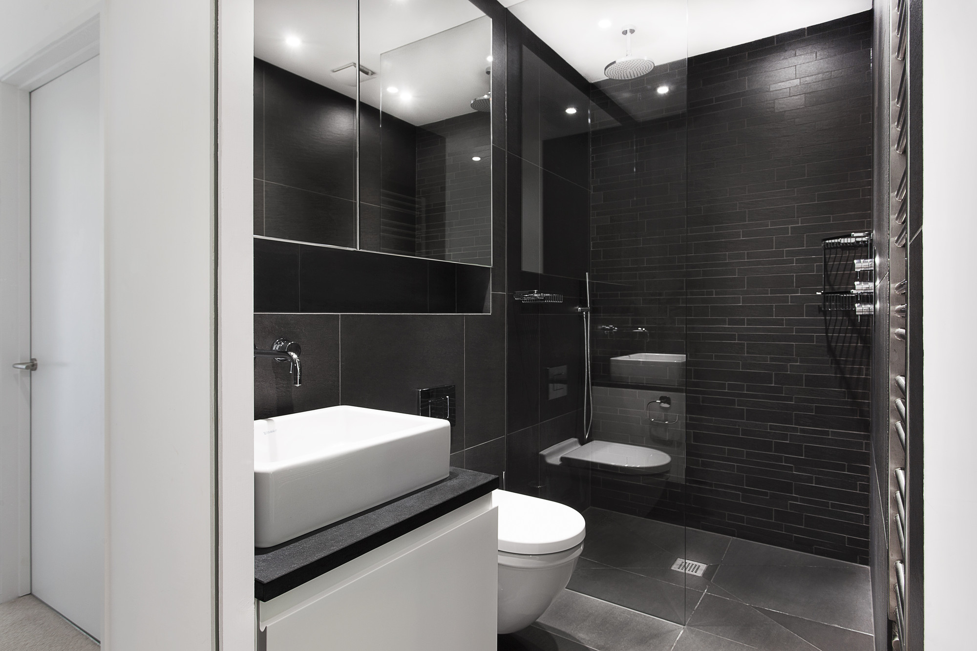 Gallery of the medic 39 s house ar design studio 5 for Bathroom design 2x2