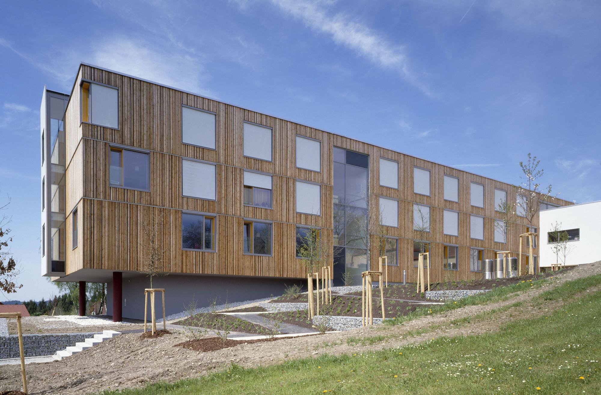 Asilo de ancianos g rtner neururer plataforma arquitectura Nursing home architecture