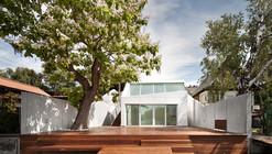 Bathing Hut / SHARE Architects
