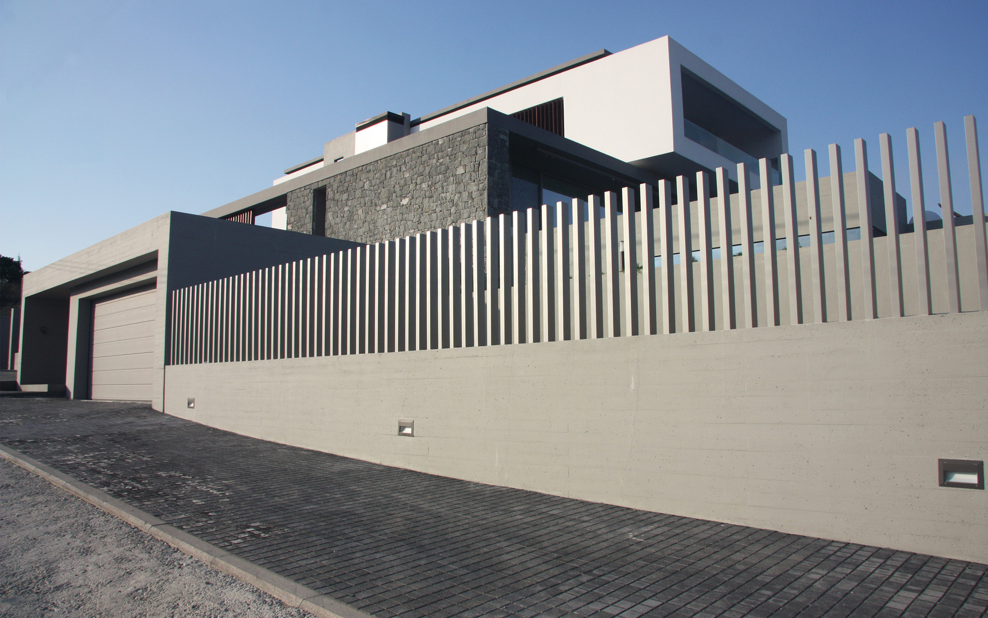 B House / Office Twentyfive Architects