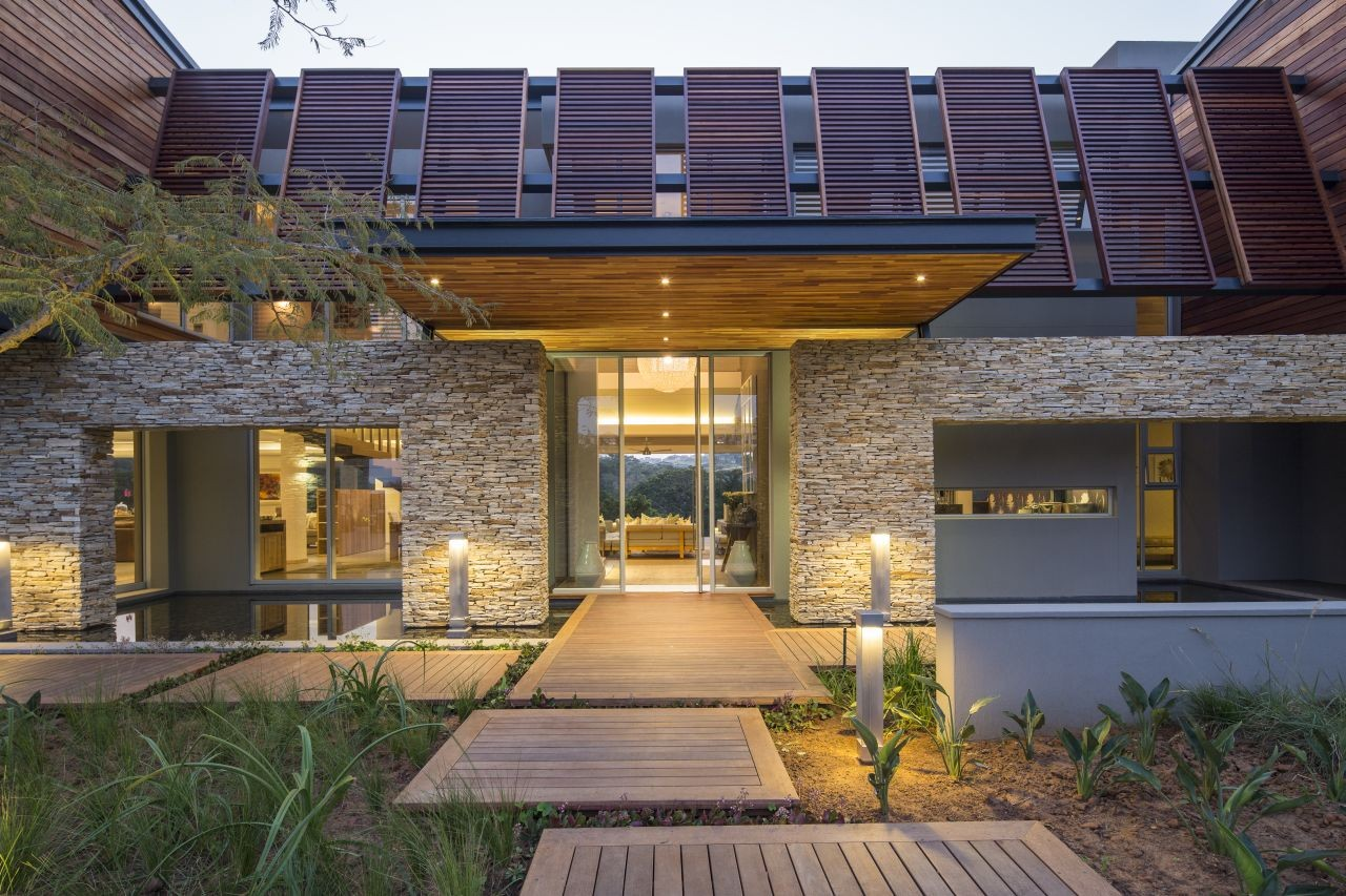 Modern Architecture In South Africa albizia house / metropole architects | archdaily