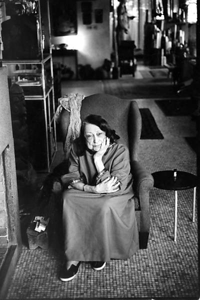 "Colóquio ""Conversando sobre Lina Bo Bardi"", na Casa de Vidro, © Juan Esteves, 05.nov.1994"