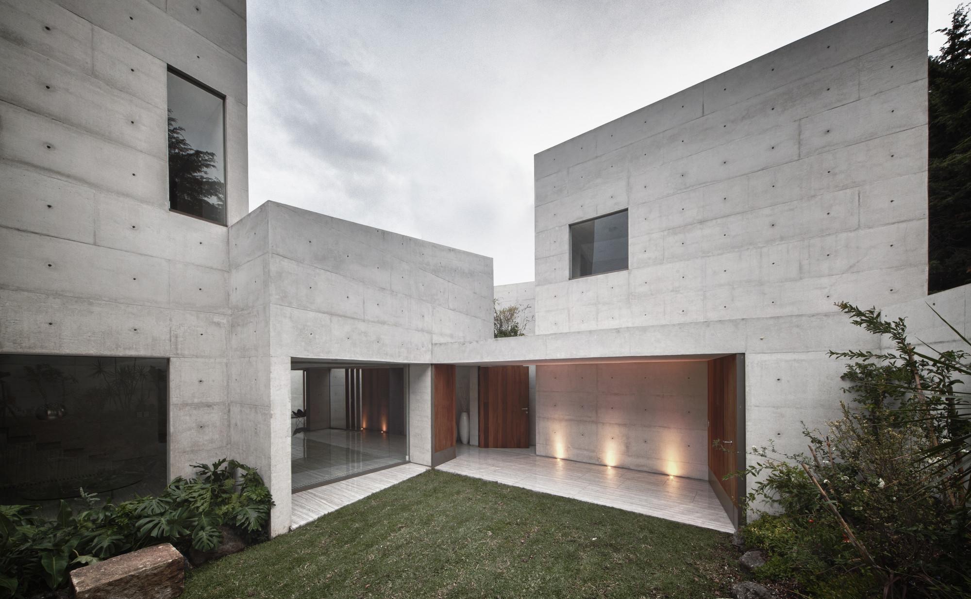 Gallery of cap house estudio mmx 9 for Casas modernas futuristas