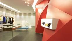 Boutique Las Chicas / GUIV Arquitetura