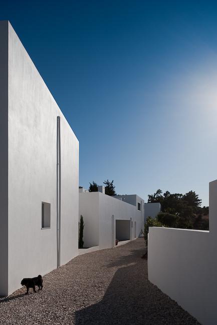 3 Houses in Meco / Nuno Simões + DNSJ.arq, © FG+SG