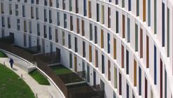 172 Social Housing Building / Alfonso Alzugaray