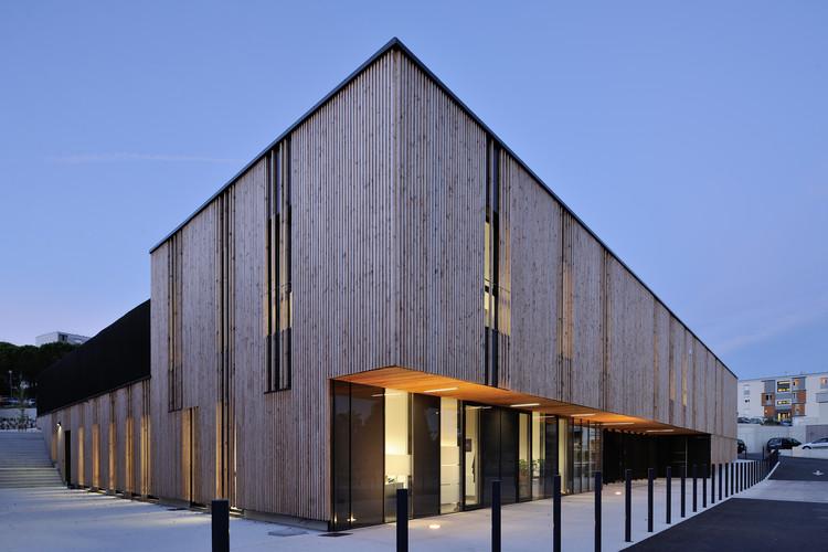 Centro Social en Aubenas / Composite Architectes, © Studio Erick Saillet