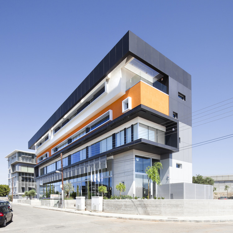 Fameline Properties / Vardastudio Architects and Designers, © Creative Photo Room