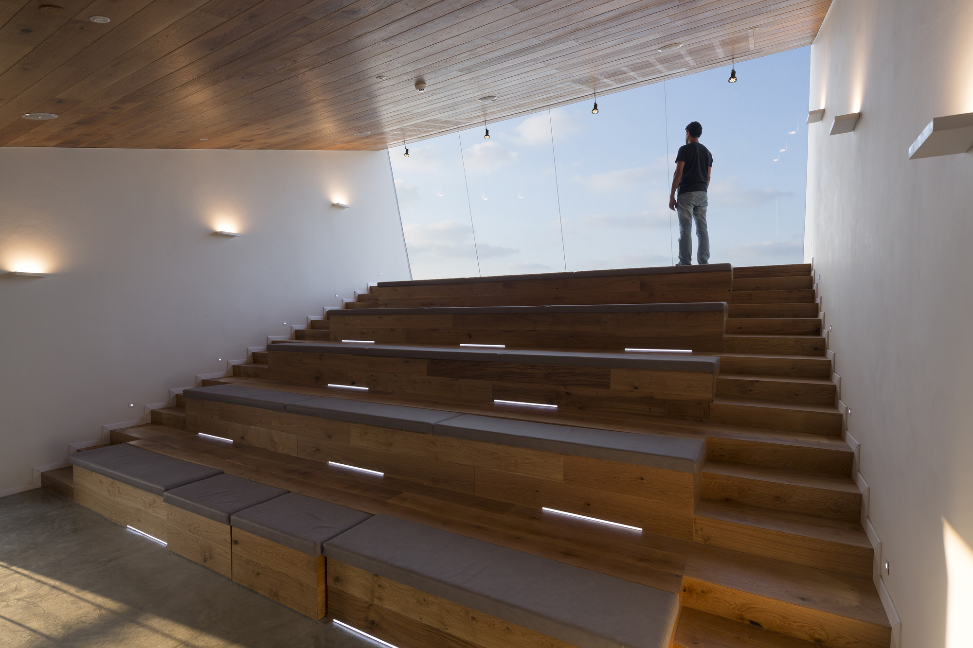 Nesher Memorial So Architecture Archdaily