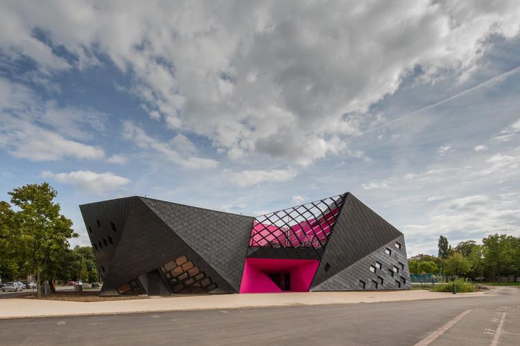 Centro Cultural em Mulhouse / Paul Le Quernec, © 11h45