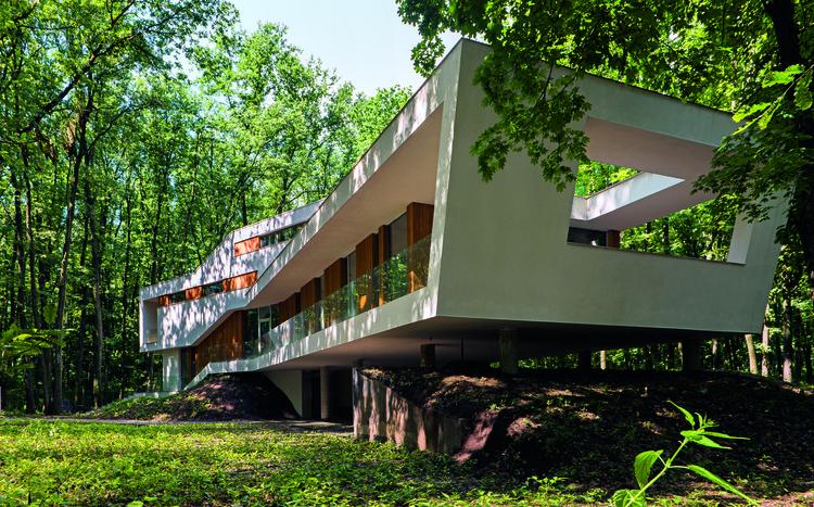 Uma Casa Na Floresta / Igloo Architecture, © Andrei Creangă