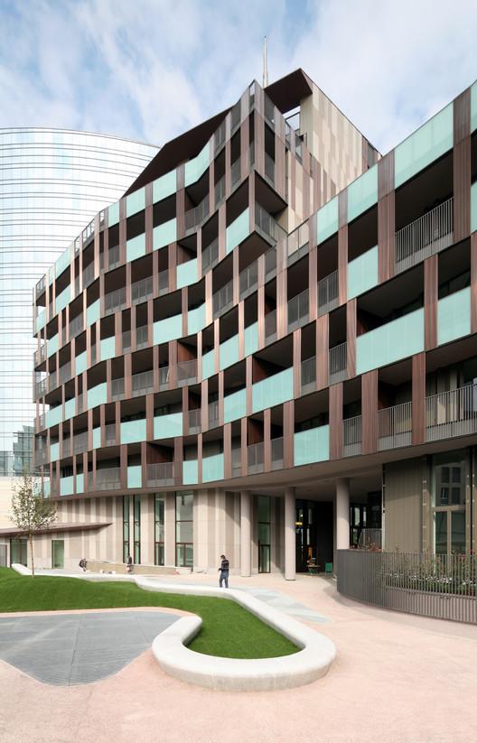 La corte verde di corso como cino zucchi architetti for Corso per arredatore d interni