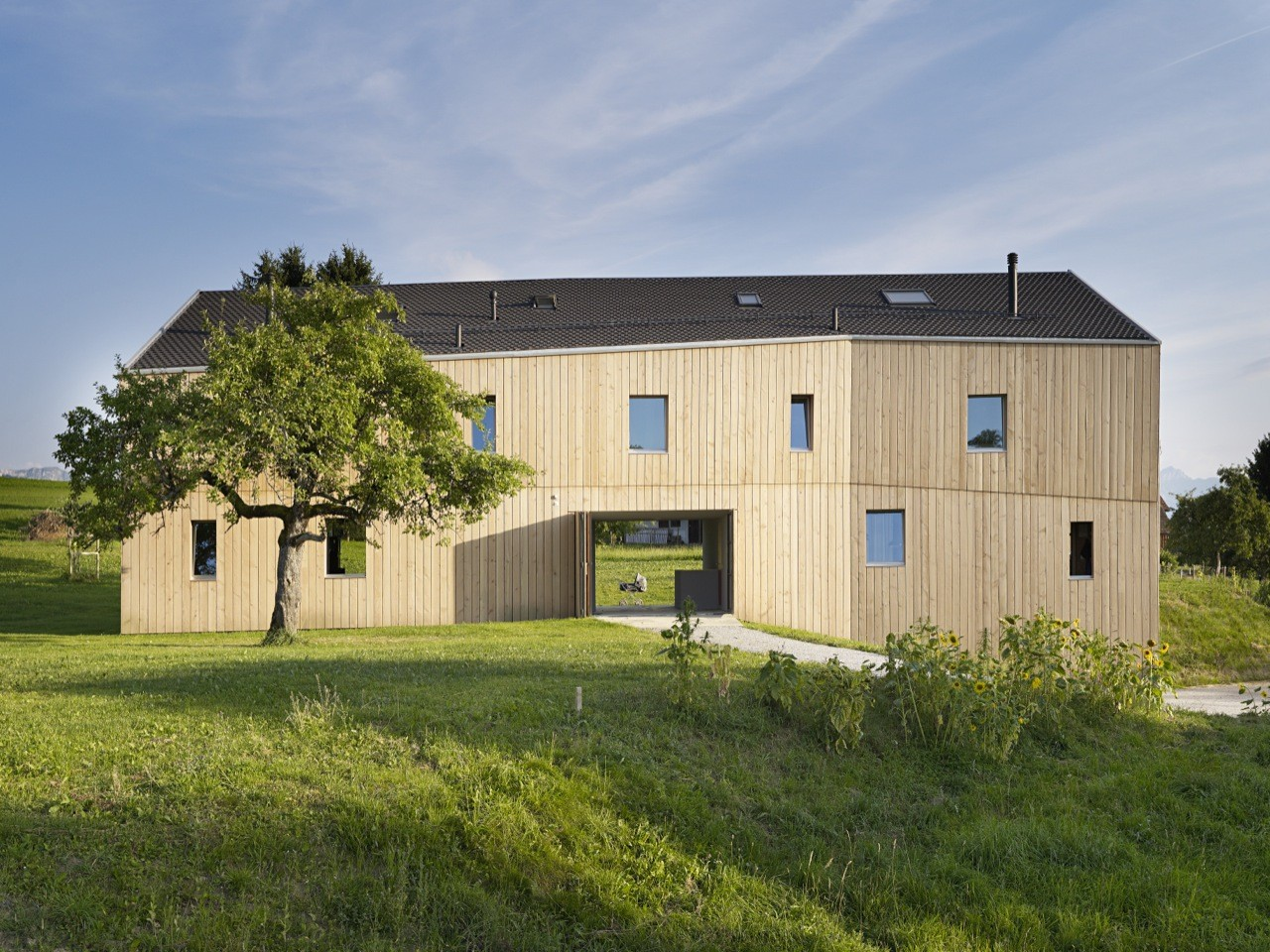 House for two families in Maracon / LOCALARCHITECTURE, Courtesy of LOCALARCHITECTURE