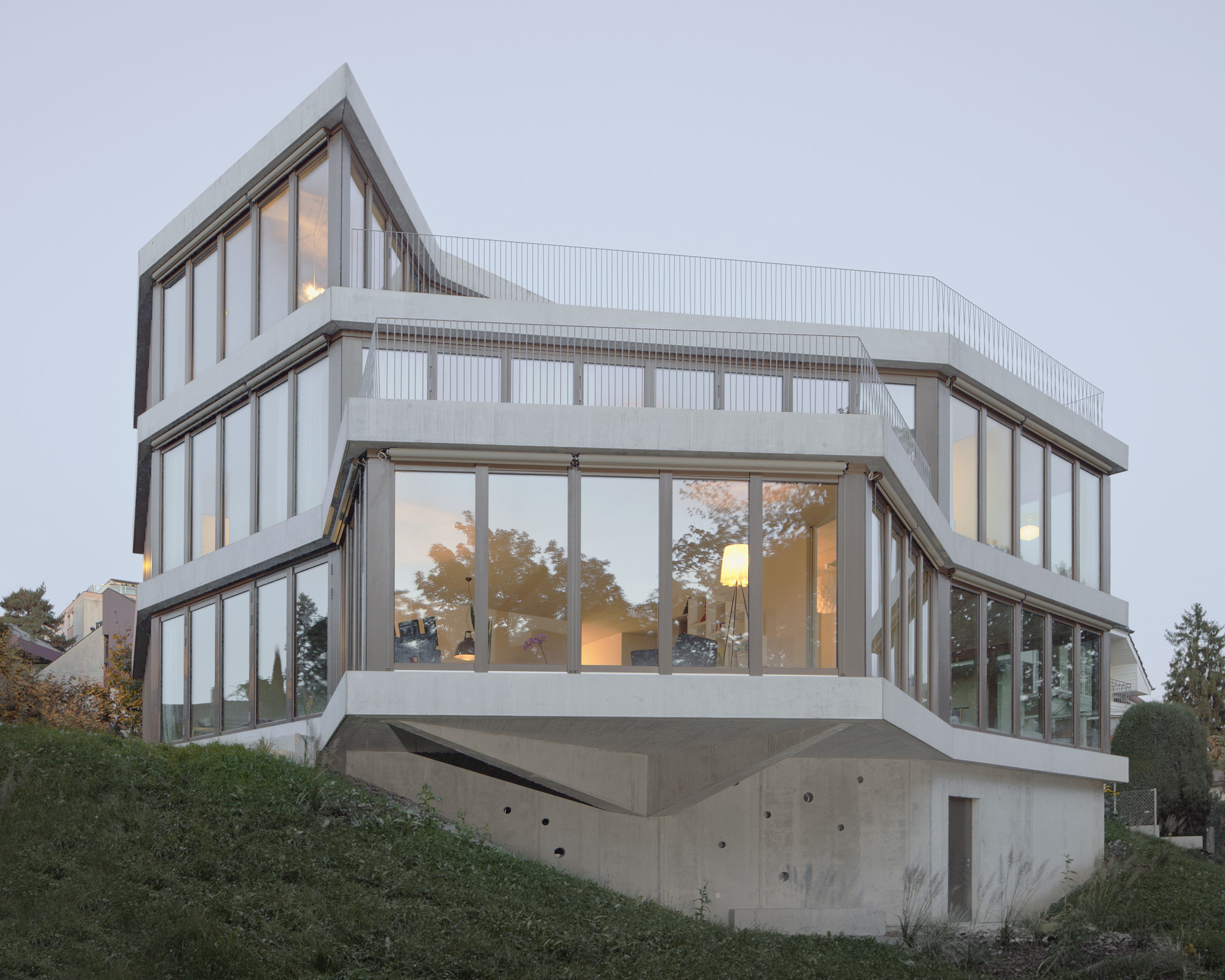 Housing in Chailly / LOCALARCHITECTURE, © Mathieu Gafsou