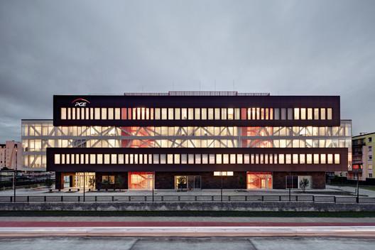 Sede principal PGE GiEk Concern / FAAB Architektura Adam Białobrzeski | Adam Figurski