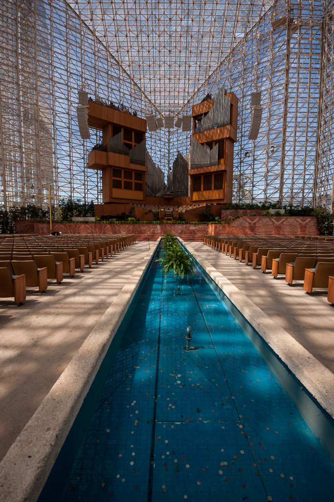 Gallery of AD Classics: The Crystal Cathedral / Philip ...