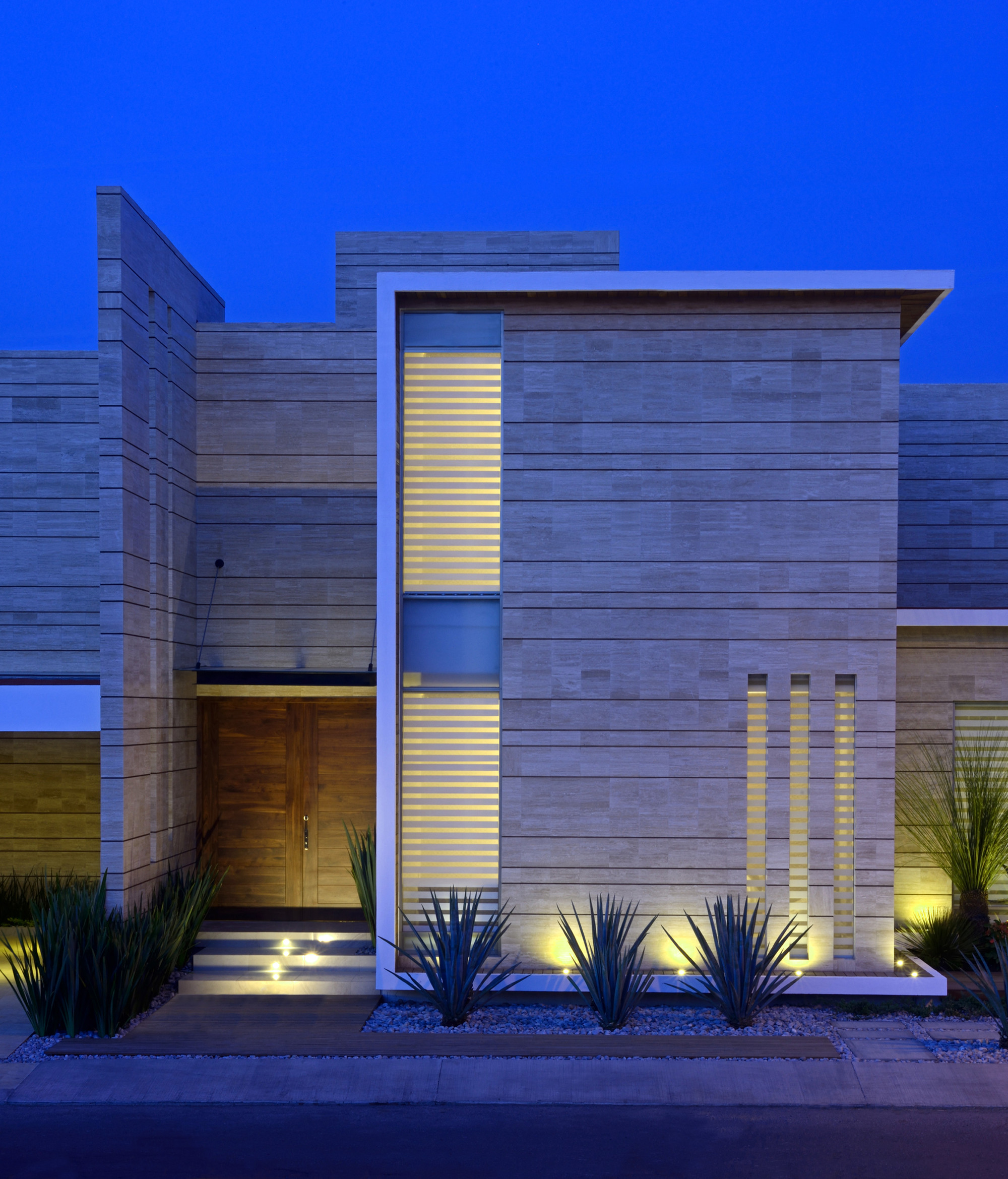 Galeria de casa navona ji studio 13 for Galerias casas minimalistas