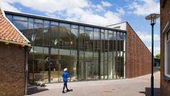 Restoration and Extension Museum Nairac / Van Hoogevest Architecten