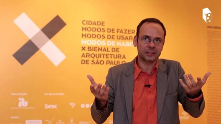 AD Entrevistas: Guilherme Wisnik, Guilherme Wisnik - Curador da X Bienal de Arquitetura de São Paulo
