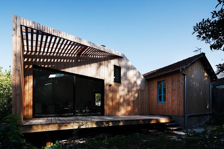 extens o para uma casa em meudon cut architectures archdaily brasil. Black Bedroom Furniture Sets. Home Design Ideas
