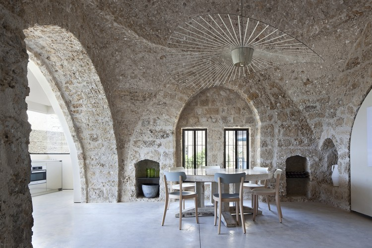 Casa Fábrica Jaffa / Pitsou Kedem Architects, © Amit Geron