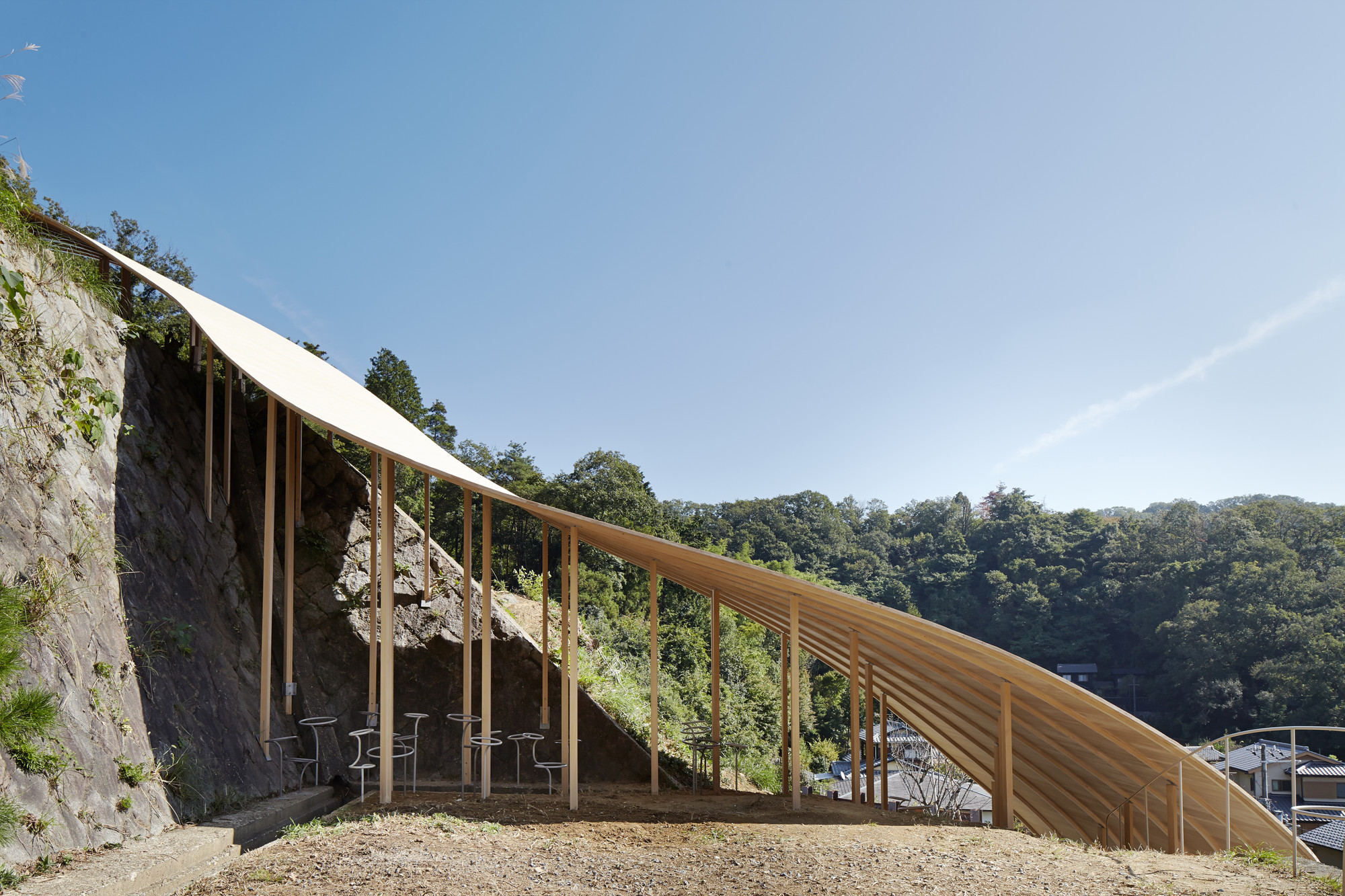 Roof & Mushrooms Pavilion / Ryue Nishizawa + Nendo, © Daici Ano