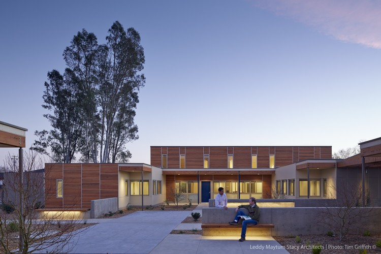 Sweetwater Spectrum Community / LMS Architects, © Tim Griffith