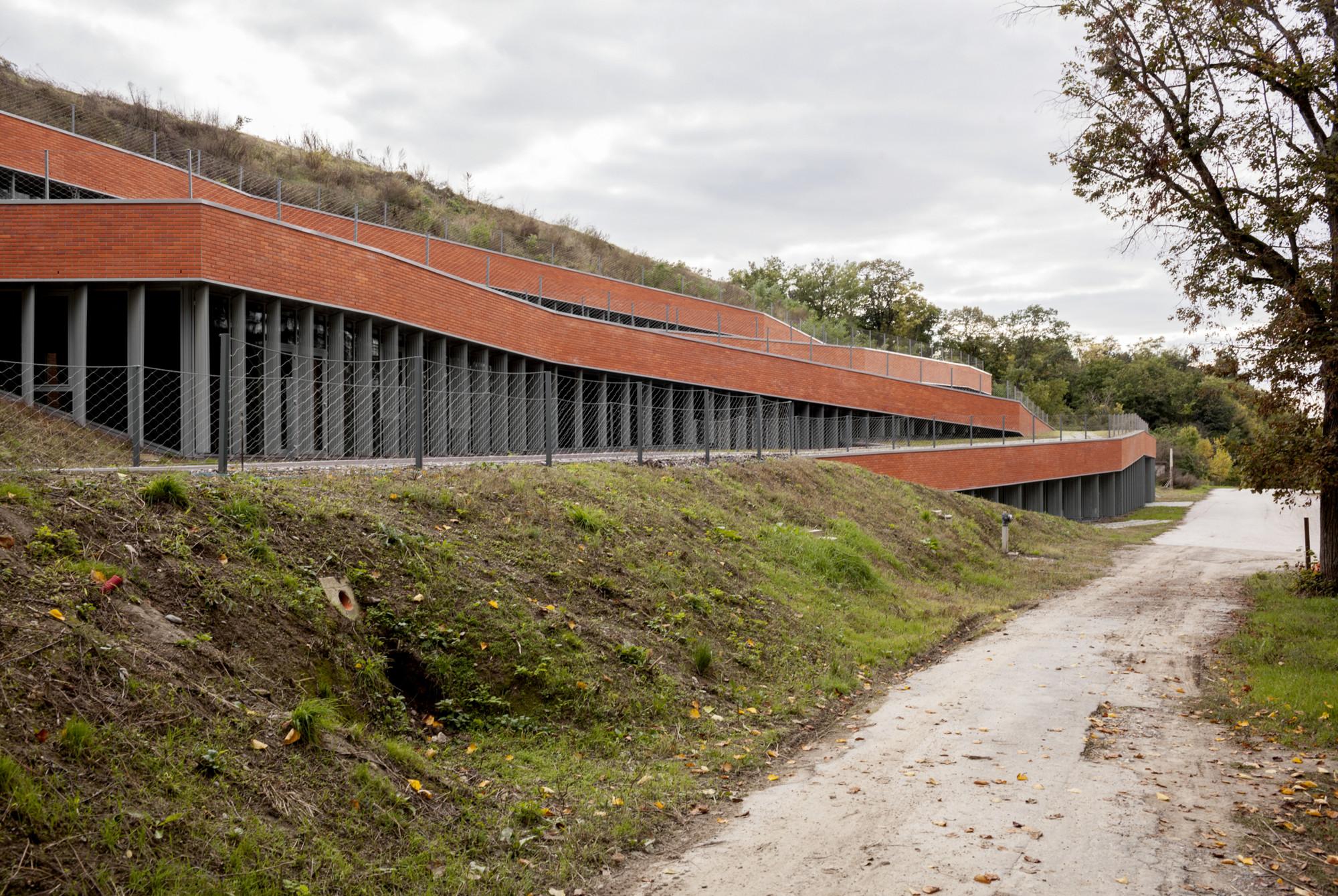 Vucedol Archaeological Museum / Radionica Arhitekture