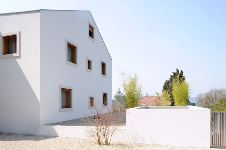 Casa para un Coleccionista / Christian Dupraz Architectes, Courtesy of Christian Dupraz Architectes