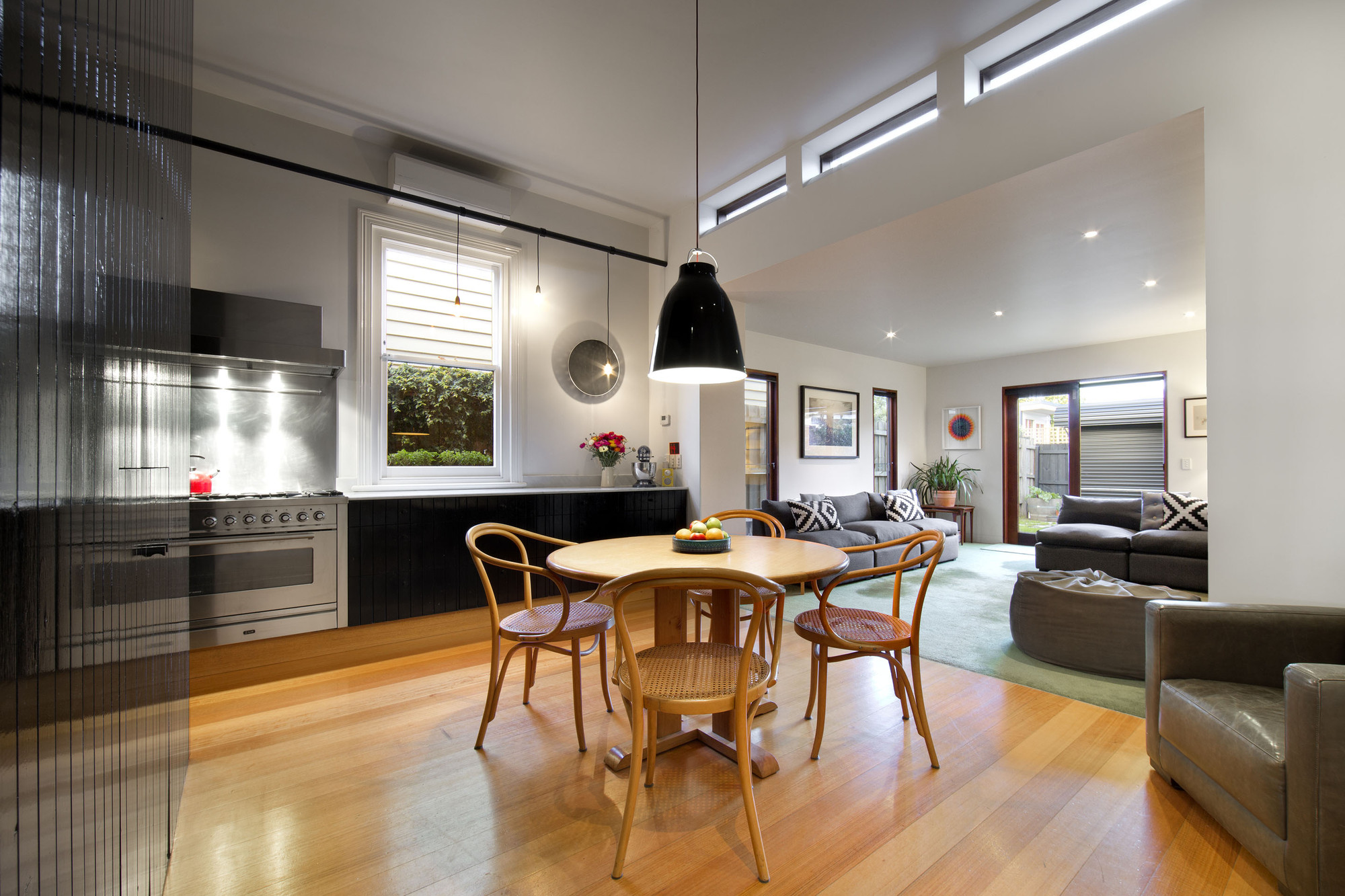 Gallery of brunswick house christopher botterill 3 for Modern homes jobs