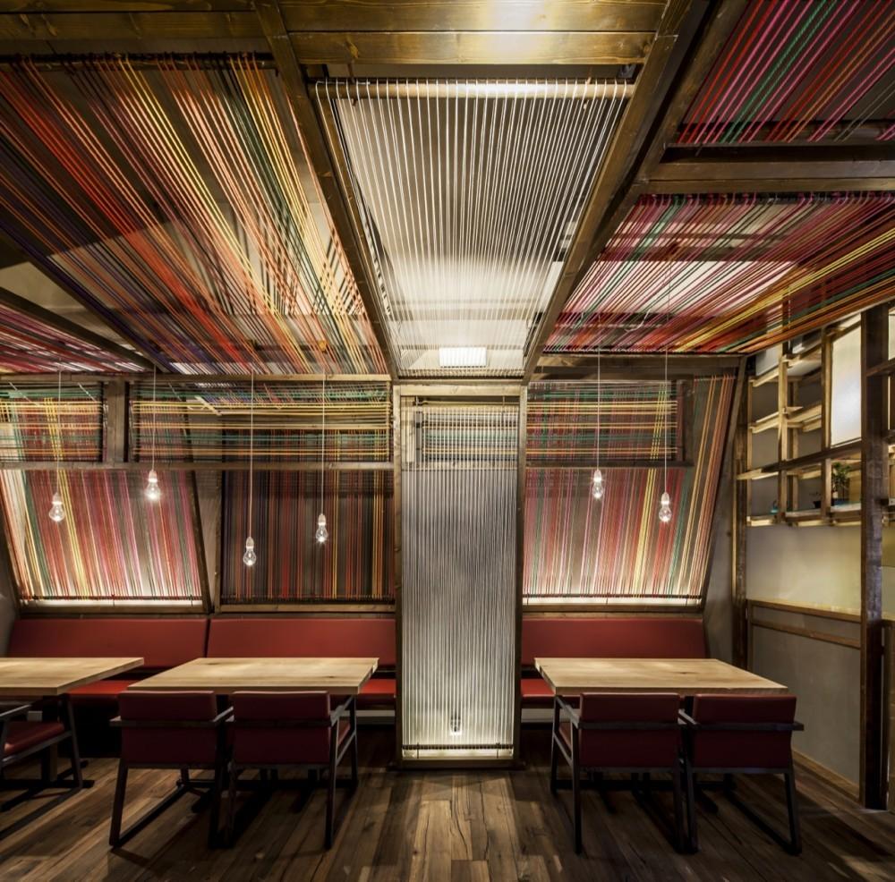 Los mejores proyectos de interiores del  mes: Presentado por Atika, © Adrià Goula