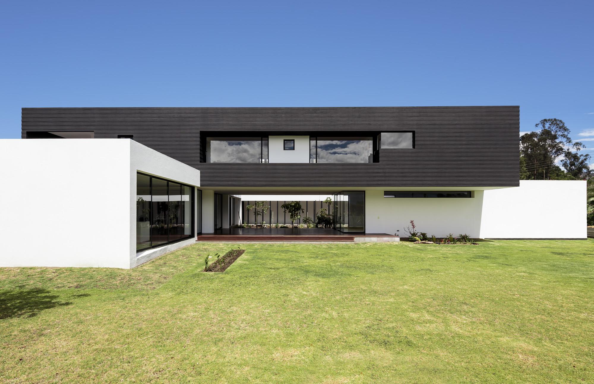 Puente House / Diez + Muller Arquitectos, © Sebastián Crespo