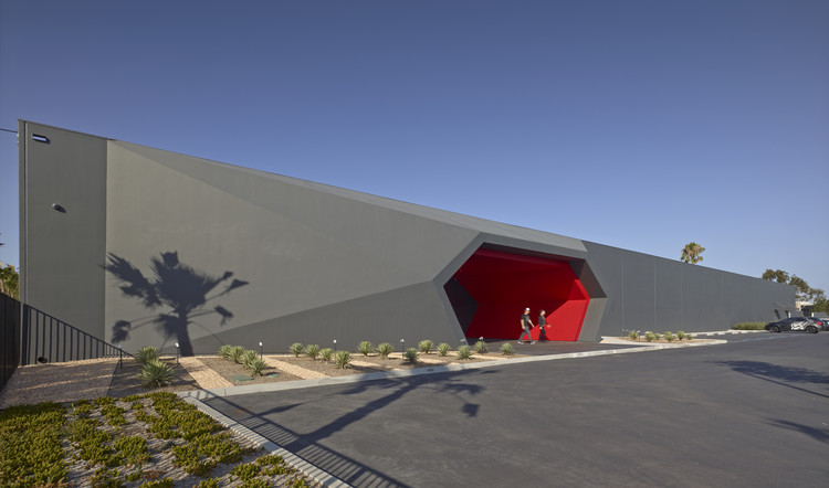 Fox Head / Clive Wilkinson Architects, © Benny Chan
