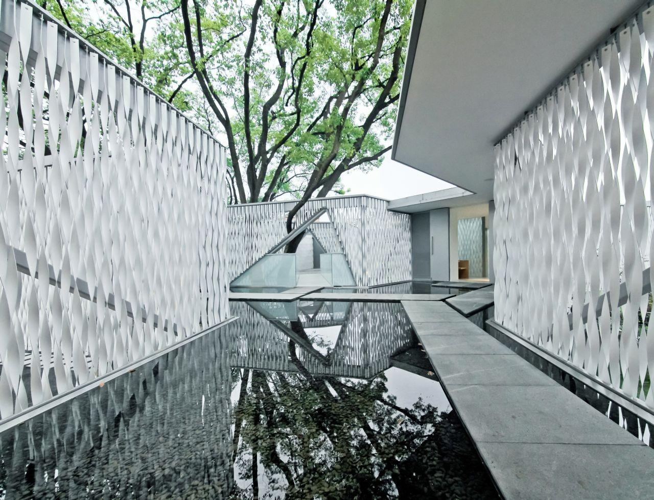 Huaxin Business Center / Scenic Architecture, © Su Shengliang