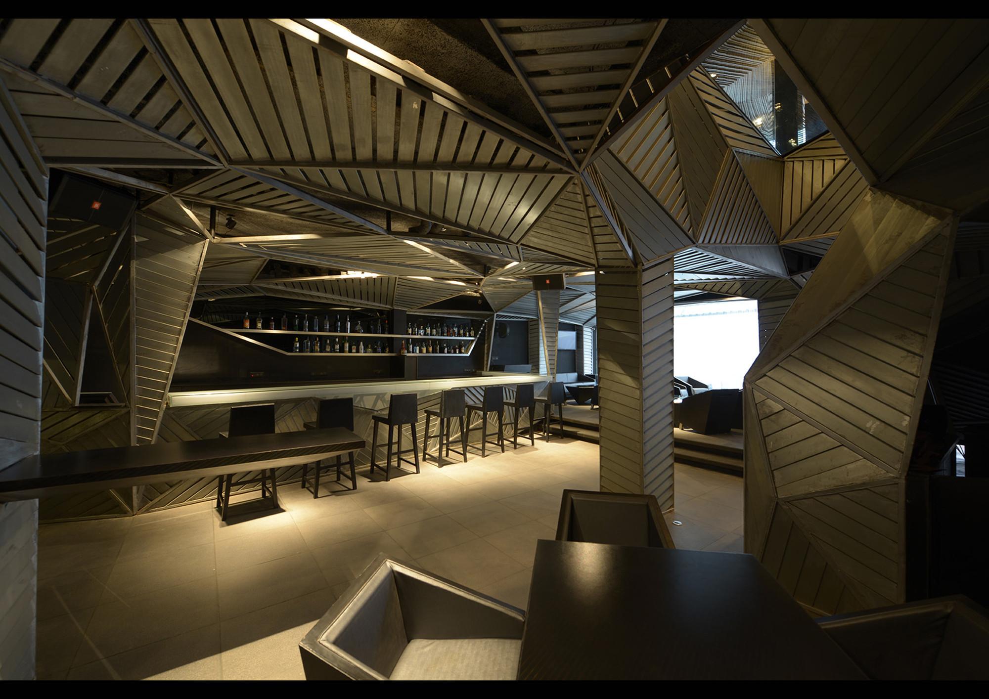 Galer 237 A De Restaurant Auriga Sanjay Puri 12