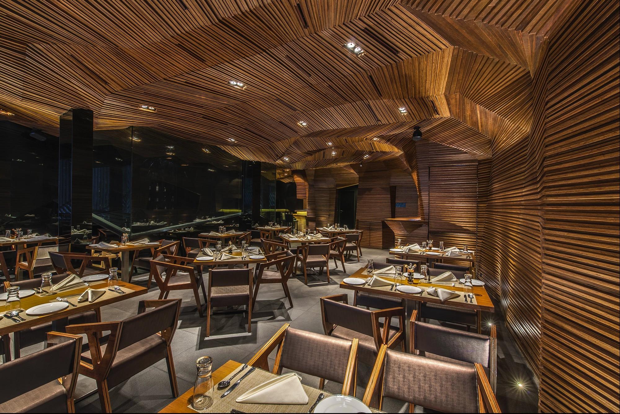Auriga Restaurant / Sanjay Puri, © Vinesh Gandhi