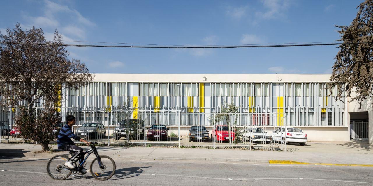 Galería de Liceo Jorge Alessandri / Crisosto Arquitectos ...
