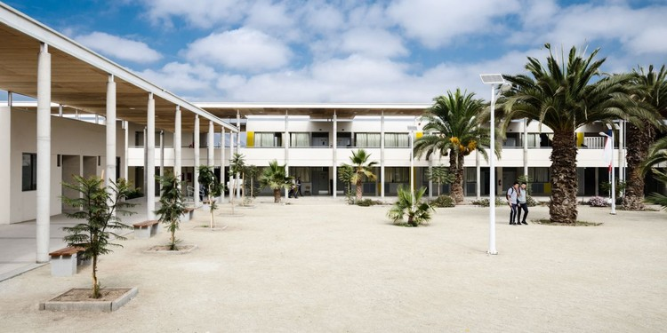 Liceu Jorge Alessandri / Crisosto Arquitectos Consultores, © Pablo Blanco Barros