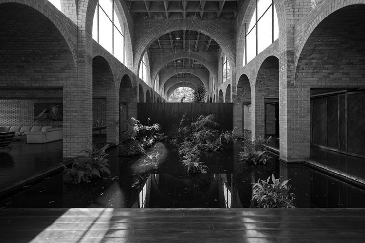 Clássicos da Arquitetura: Residência Nivaldo Borges / João Filgueiras Lima, © Joana França