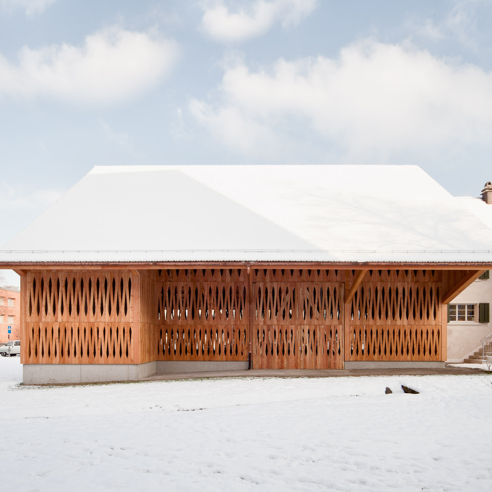 Dwelling House with Barn / Michael Meier Marius Hug Architekten, © Roman Keller